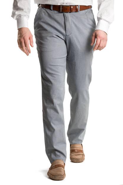 Szaroniebieskie spodnie chino